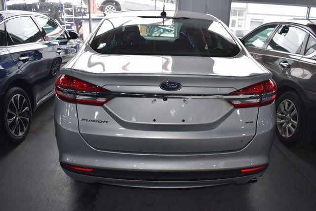 2017 Ford Fusion SE Richmond Hill, New York 4
