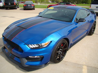 2017 Ford Mustang Shelby GT350 Bettendorf, Iowa 23