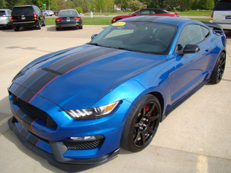 2017 Ford Mustang Shelby GT350 Bettendorf, Iowa 24