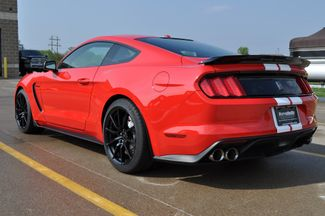 2017 Ford Mustang Shelby GT350 Bettendorf, Iowa 25