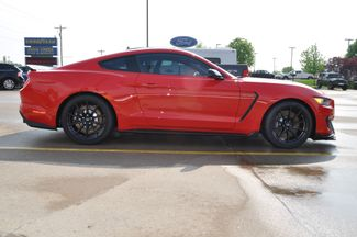 2017 Ford Mustang Shelby GT350 Bettendorf, Iowa 38