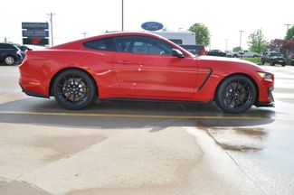 2017 Ford Mustang Shelby GT350 Bettendorf, Iowa 41