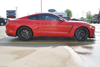 2017 Ford Mustang Shelby GT350 Bettendorf, Iowa 42