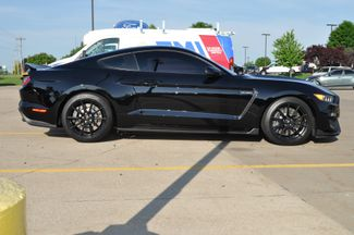 2017 Ford Mustang Shelby GT350 Bettendorf, Iowa 9