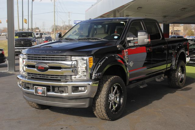 2017 Ford Super Duty F-250 Pickup Lariat Crew Cab 4x4 FX4 - LIFTED - $7K EXTRA$! Mooresville , NC 22