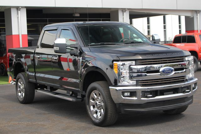 2017 Ford Super Duty F-250 Pickup King Ranch Crew Cab 4x4 FX4-ULTIMATE TOW CAMERAS! Mooresville , NC 21