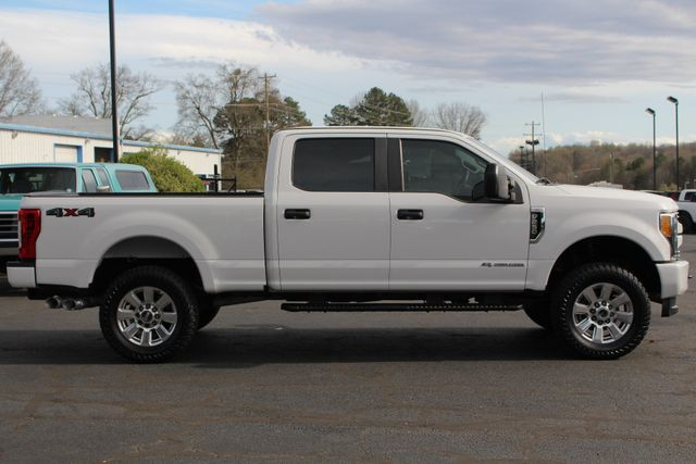 "2017 Ford Super Duty F-250 Pickup Crew Cab 4x4 - LIFTED - 35"" TIRES! Mooresville , NC 12"