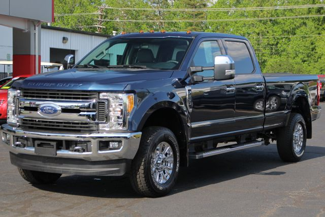 2017 Ford Super Duty F-250 Pickup XLT PREMIUM EDITION Crew Cab Long Bed 4x4 FX4 Mooresville , NC 22