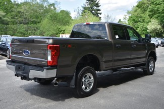 2017 Ford Super Duty F-250 Pickup XLT Naugatuck, Connecticut 4