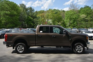 2017 Ford Super Duty F-250 Pickup XLT Naugatuck, Connecticut 5