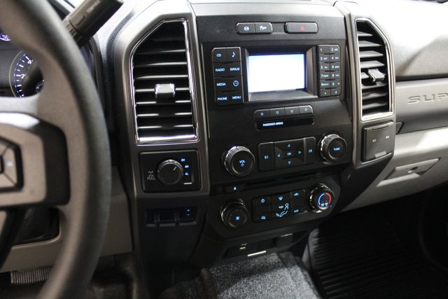 2017 Ford Super Duty F-250 Pickup XLT Roscoe, Illinois 17