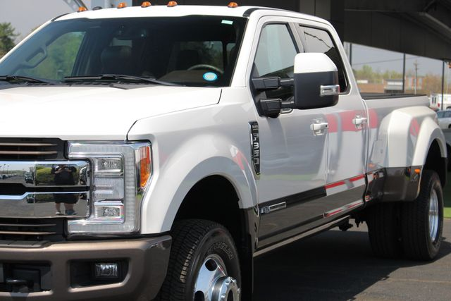 2017 Ford Super Duty F-350 DRW Pickup King Ranch Ultimate Crew Cab 4x4 FX4 - TOW TECH! Mooresville , NC 28
