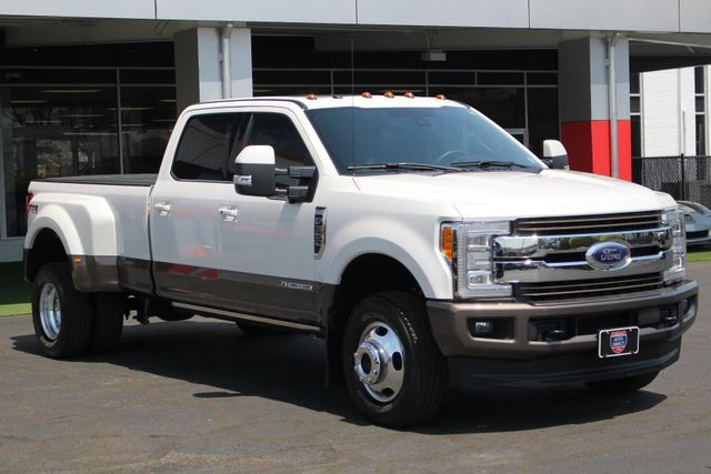2017 Ford Super Duty F-350 DRW Pickup King Ranch Ultimate Crew Cab 4x4 FX4 - TOW TECH! Mooresville , NC 25