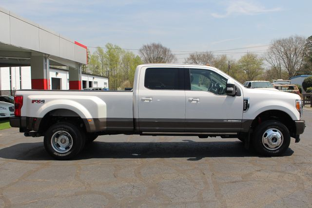 2017 Ford Super Duty F-350 DRW Pickup King Ranch Ultimate Crew Cab 4x4 FX4 - TOW TECH! Mooresville , NC 16