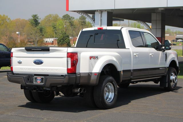 2017 Ford Super Duty F-350 DRW Pickup King Ranch Ultimate Crew Cab 4x4 FX4 - TOW TECH! Mooresville , NC 29