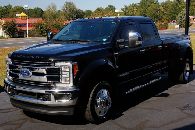 2017 Ford Super Duty F-450 Pickup LARIAT ULTIMATE EDITION Crew Cab Long Bed 4x4 Mooresville , NC 30
