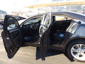 2017 Ford Taurus SEL Warsaw, Missouri 5