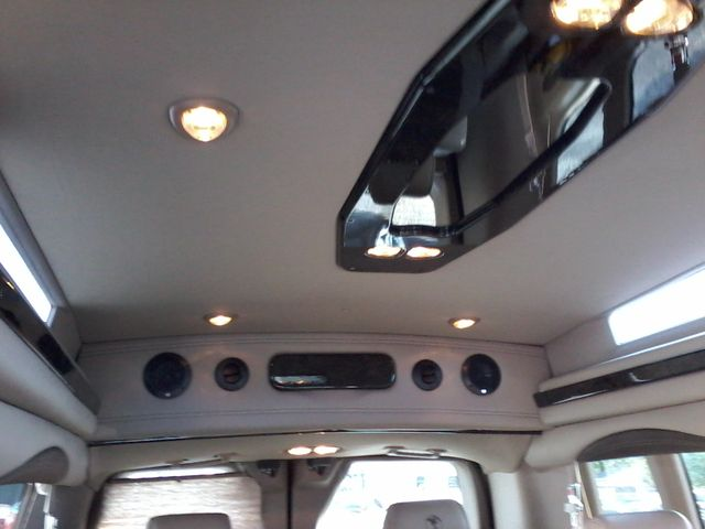 2017 Ford  Transit 150 Explorer Limited SE Conversion 9 passenger w/folding bed San Antonio, Texas 21