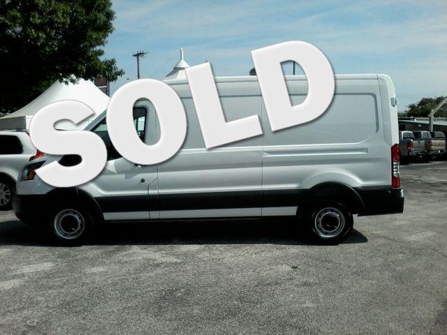 2017 Ford Transit Van 250  cargo van San Antonio, Texas 0