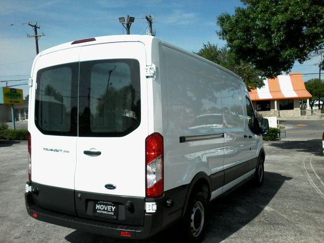 2017 Ford Transit Van 250  cargo van San Antonio, Texas 4