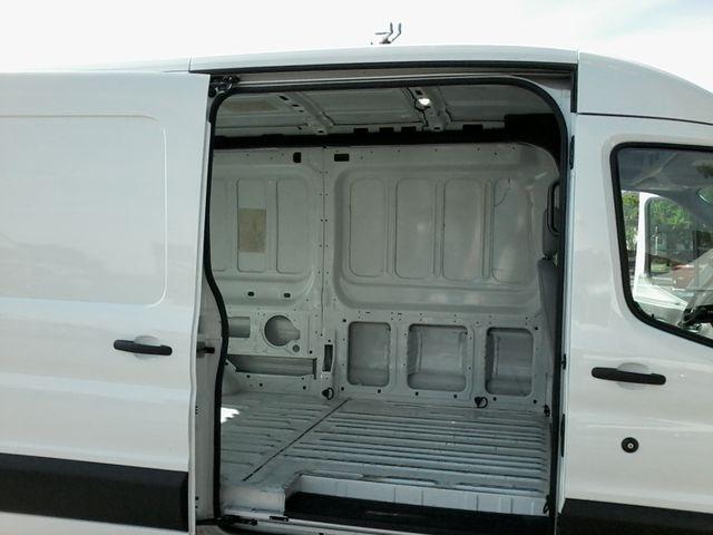 2017 Ford Transit Van 250  cargo van San Antonio, Texas 9