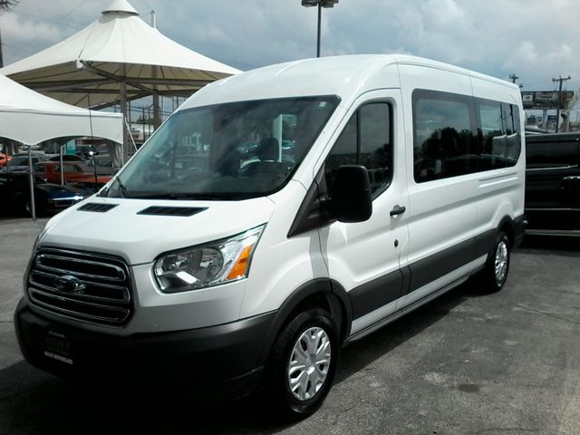 2017 Ford Transit Wagon 15 passg. XLT mid roof San Antonio, Texas 2