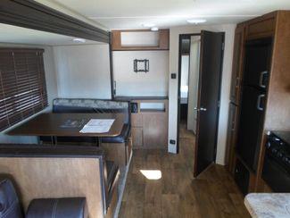 2017 Forest River Wildwood X-Lite 254RLXL Salem, Oregon 6