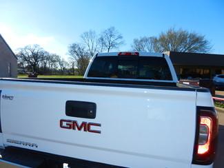 2017 GMC Sierra 1500 SLT Crew Cab Z71 4x4 6.2 liter V8 Sulphur Springs, Texas 5
