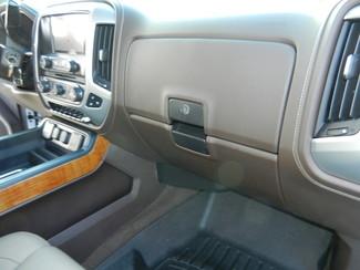 2017 GMC Sierra 1500 SLT Crew Cab Z71 4x4 6.2 liter V8 Sulphur Springs, Texas 32