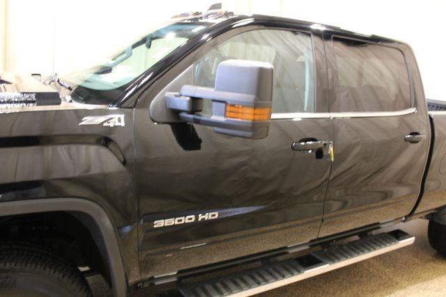 2017 GMC Sierra 3500HD SLE Roscoe, Illinois 12