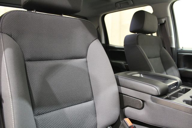 2017 GMC Sierra 3500HD SLE Roscoe, Illinois 20