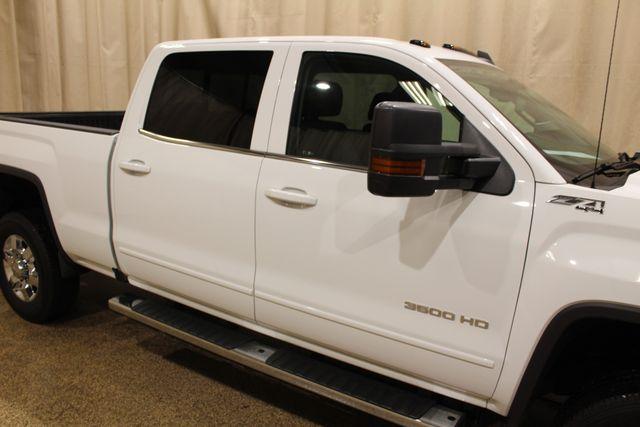 2017 GMC Sierra 3500HD SLE Roscoe, Illinois 5