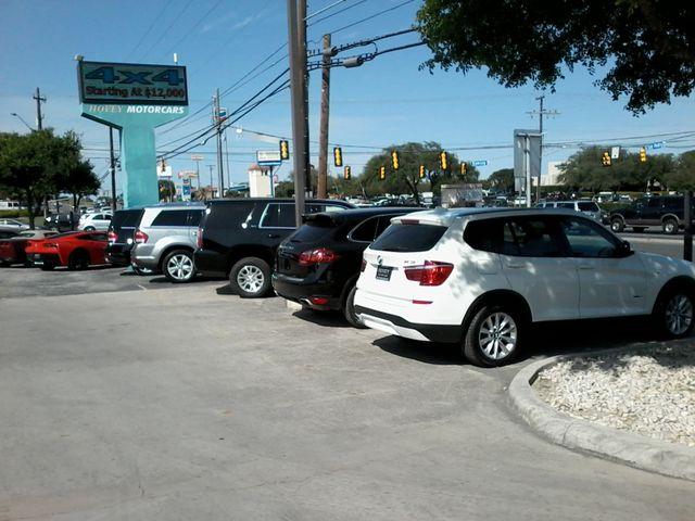 2017 GMC Yukon SLT 4x4 Nav San Antonio, Texas 40
