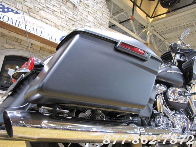 2017 Harley-Davidson ROAD GLIDE SPECIAL FLTRXS ROAD GLIDE SPECIAL Chicago, Illinois 27