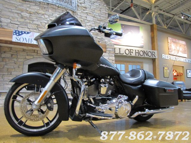 2017 Harley-Davidson ROAD GLIDE SPECIAL FLTRXS ROAD GLIDE SPECIAL Chicago, Illinois 4