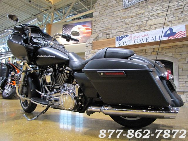 2017 Harley-Davidson ROAD GLIDE SPECIAL FLTRXS ROAD GLIDE SPECIAL Chicago, Illinois 5