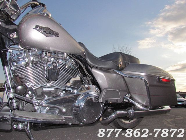 2017 Harley-Davidson ROAD KING FLHR ROAD KING FLHR Chicago, Illinois 26