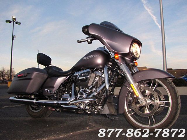 2017 Harley-Davidson STREET GLIDE SPECIAL FLHXS STREET GLIDE SPECIAL McHenry, Illinois 2
