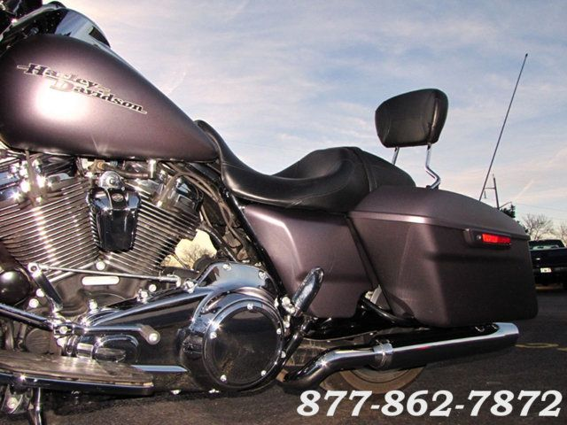 2017 Harley-Davidson STREET GLIDE SPECIAL FLHXS STREET GLIDE SPECIAL McHenry, Illinois 32