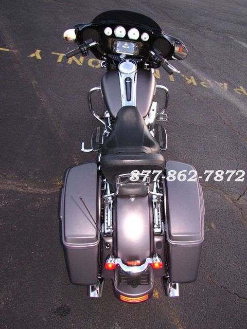 2017 Harley-Davidson STREET GLIDE SPECIAL FLHXS STREET GLIDE SPECIAL McHenry, Illinois 42