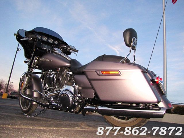 2017 Harley-Davidson STREET GLIDE SPECIAL FLHXS STREET GLIDE SPECIAL McHenry, Illinois 5