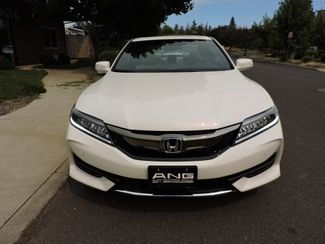 2017 Honda Accord Touring 1,128 Miles! Like New! Bend, Oregon 4