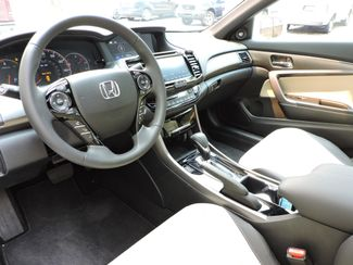 2017 Honda Accord Touring 1,128 Miles! Like New! Bend, Oregon 5