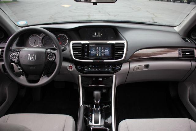 2017 Honda Accord EX Mooresville , NC 25