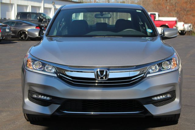 2017 Honda Accord Sport Edition FWD - ONE OWNER! Mooresville , NC 15