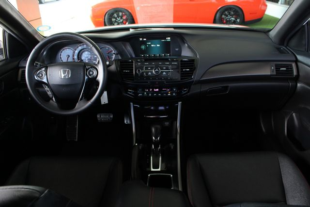 2017 Honda Accord Sport SE FWD - HEATED LEATHER! Mooresville , NC 25