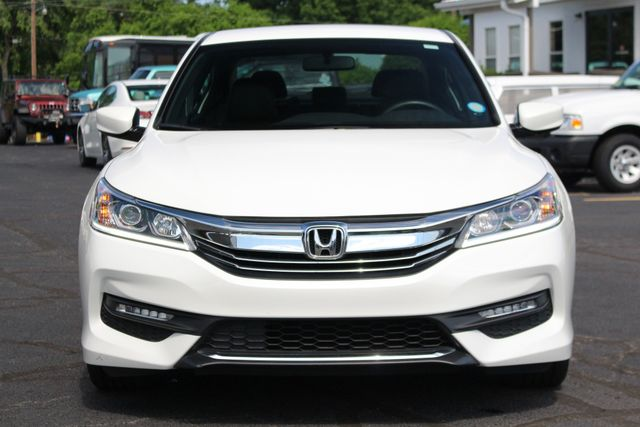 2017 Honda Accord Sport SE FWD - HEATED LEATHER! Mooresville , NC 15