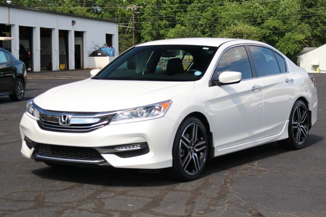 2017 Honda Accord Sport SE FWD - HEATED LEATHER! Mooresville , NC 20