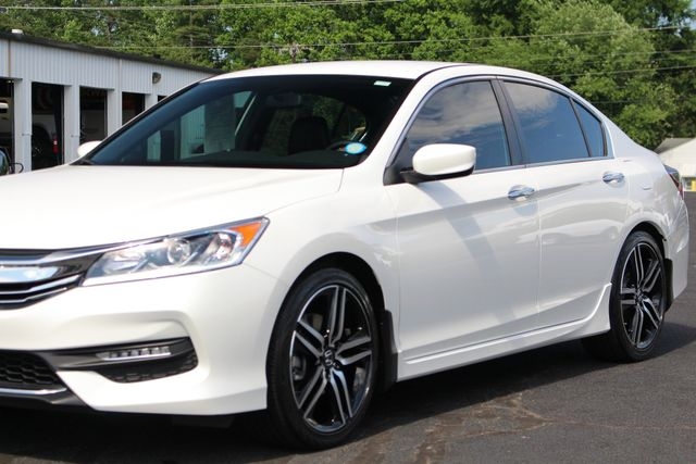2017 Honda Accord Sport SE FWD - HEATED LEATHER! Mooresville , NC 24