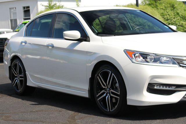 2017 Honda Accord Sport SE FWD - HEATED LEATHER! Mooresville , NC 23